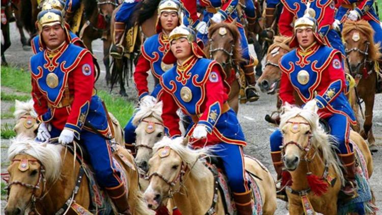 Mongolia Imperio Estepas y Festival Naadam